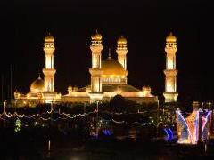 Jamie Asr Mosque in Brunei (night).jpg